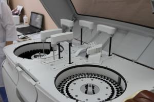 В централизованной лаборатории Николаева заработал новый биохимический анализатор