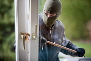 В Николаеве задержали воров, которые обчистили квартиру местного жителя