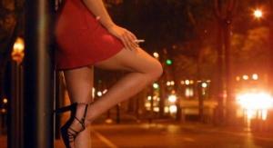 Милиция поймала мужчину, отправлявшего за границу одесских проституток