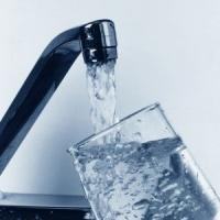 С сегодняшнего дня для украинцев повысились тарифы на холодную воду