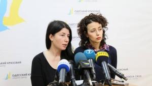 В Одессе волонтеры не желают отпускать луганских детей домой