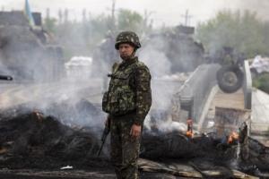 В результате обстрелов на Донбассе силы АТО потеряли четырех военных, 18 – ранены