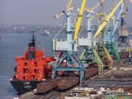 В порту «Ника-Тера» горел кран