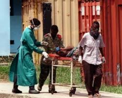 За 10 дней в Западной Африке от вируса Эбола погибли около тысячи человек