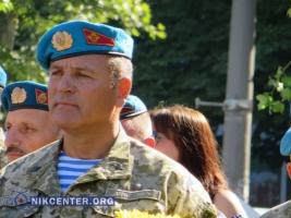 В честь николаевских десантников у КПП 79-й ОАЭМБр прошел митинг-реквием (ФОТОРЕПОРТАЖ)