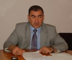 За волокиту - на воздух. Юрий Гранатуров уволил начальника одного из управлений Департамента ЖКХ