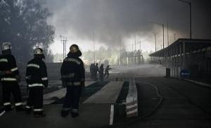 Под Киевом уже восьмые сутки идет ликвидация пожара на нефтебазе