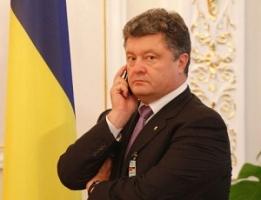 Петр Порошенко провел телефонный разговор с освобожденными журналистами «Громадського ТБ»