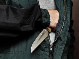 В Николаеве двое неизвестных совершили разбойное нападение на магазин