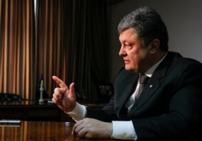 Порошенко потребовал от правоохранительных органов быстрого и прозрачного расследования резонансных убийств Калашникова и Бузина