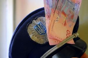 СБУ задержала сотрудника МВД за подстрекательство на дачу взятки