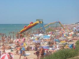 В Херсонской области прокуратура вернула в коммунальную собственность пляж на берегу Черного моря