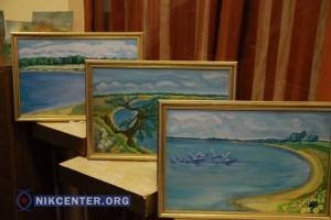 В Николаеве открыли выставку живописи о красоте Кинбурнской косы