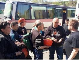 В Киеве возникла потасовка между «автомайдановцами» и свезенными на митинг шахтерами