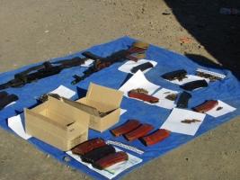 На Херсонщине задержаны двое ополченцев «ДНР», которые перевозили оружие и боеприпасы в угнанном авто