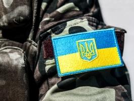 В центре Одессы люди в камуфляже избили парня, торопившегося на работу