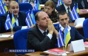 Вновь избранным депутатам Херсонского горсовета на первой сессии напомнили о смерти