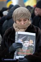 Вчера николаевцы почтили память погибших на Грушевского (фоторепортаж)