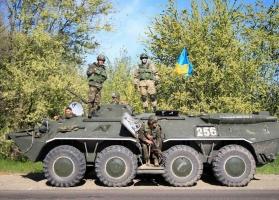 Николаевские десантники прорвали кольцо террористов и вырвались из оцепления с ранеными