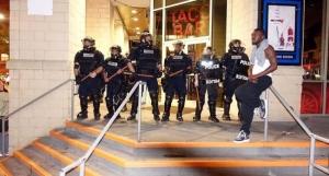 Из-за массовых беспорядков в американский город Шарлотт ввели подразделения Нацгвардии