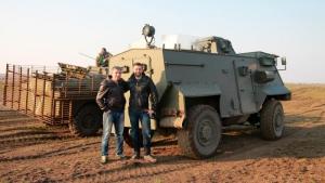 Николаевские волонтеры и десантники протестировали британский «Saxon»