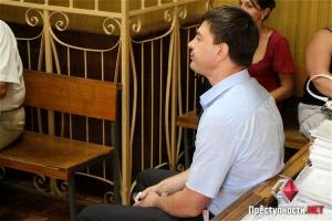 Директора КП «Николаевская ритуальная служба» Виталия Брека в третий раз отстранили от должности
