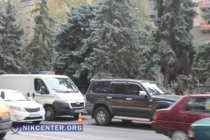 В центре Николаева Mitsubishi Lancer врезался в Toyota