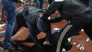 В Николаеве в кафе избили и ограбили мужчину