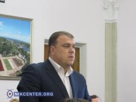 Под строительство очередной заправки Николаевская мэрия разрешила снести 21 дерево