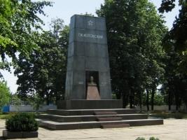 В Одесской области вандалы взломали мавзолей Котовского