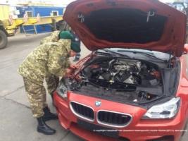 В Одесском порту нашли угнанные элитные автомобили