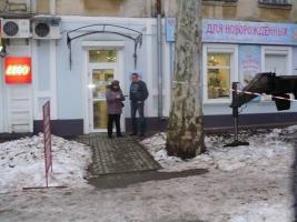 Коммунальщики провели рейд по ул. Лягина: 12 предприятий получили предупреждения