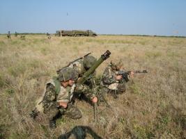 Николаевские десантники опробовали на себе лазерную имитационную систему
