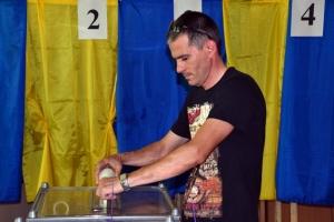 Выборы в Херсонской области: «минирования» участков, низкая явка, фейковые листовки, подвоз избирателей