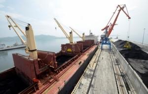 В Украину из ЮАР прибывает первая партия угля объемом в 75 тысяч тонн