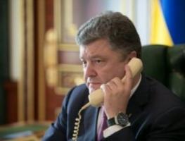 Порошенко обсудил по телефону Дебальцево с Меркель и Путиным