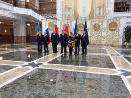 Порошенко встретился с лидерами Евразийской тройки