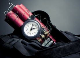 В Одессе обезвреживают бомбу с часовым механизмом