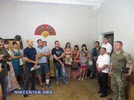 Министр обороны запретил николаевским военнослужащим приватизацию служебных квартир