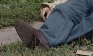 В центре Херсона на улице умер мужчина. ВИДЕО 18+