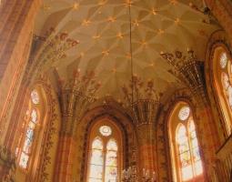 У настоятеля Армянской церкви в Николаеве украли 30 тыс.грн.