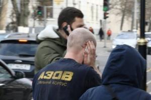 Херсонского депутата от Оппоблока, откусившего в драке ухо, посадили под домашний арест