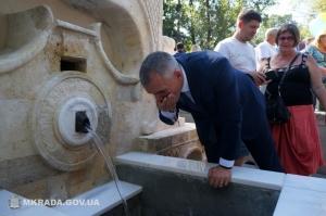 Воду из Турецкого фонтана пить нельзя: источник загрязнен нитратами