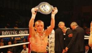 Украинец Ефимович стал чемпионом Европы по боксу