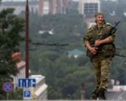 Обстановка в Донецке напряженная: в трех районах города слышны звуки залпов