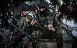 Минобороны: для украинских военных закуплено 27,5 тыс. бронежилетов