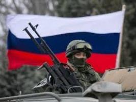 Путин подтягивает свои войска к украинской границе. Хочет немного