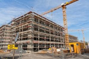 Треть объектов строят с нарушениями - Госинспекция