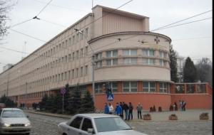 Во Львове под здание СБУ подложили самодельную бомбу