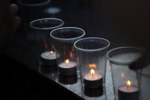 В Николаеве шествием со свечами почтили память погибших воинов